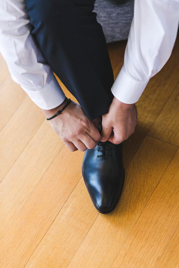 civil-wedding-groom