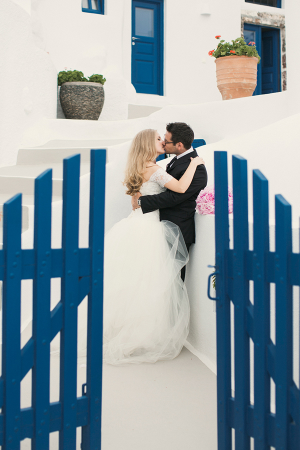 romantic-santorini-wedding