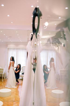 victoria-kyriakides-wedding-gowns