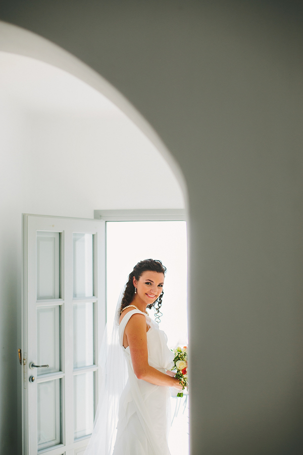 wedding-dress-one-shouldered