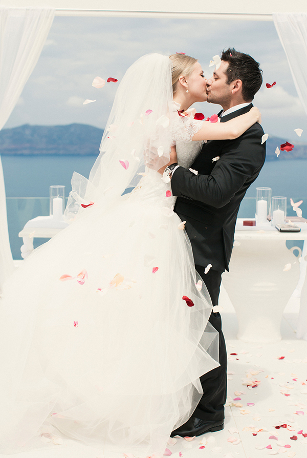 wedding-santorini-fairytale