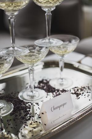 wedding-decor-glasses