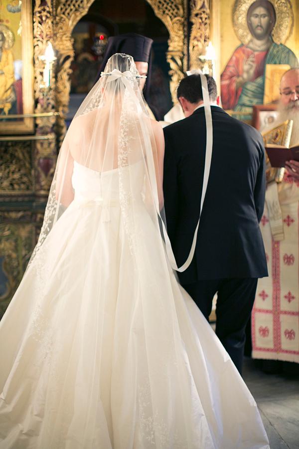 amsale-wedding-dresses-veils