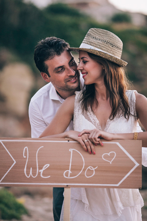 boho-wedding-decor-wooden-sign