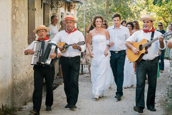 getting-married-in-greece-1
