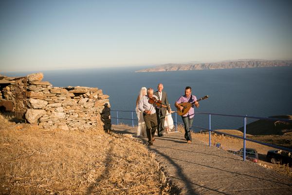 island-wedding-chapel-greece
