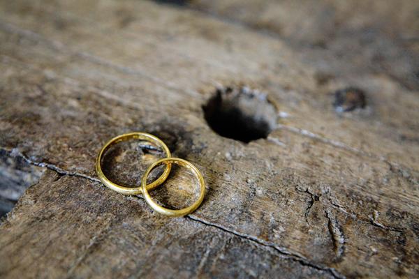 modern-wedding-rings