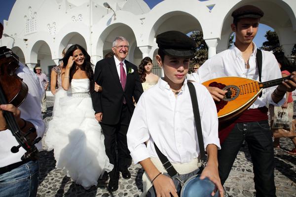 wedding-greece-santorini-traditional
