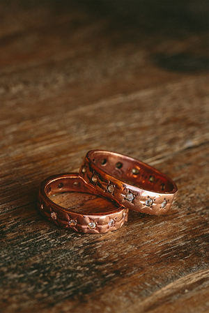 golden-wedding-rings-1