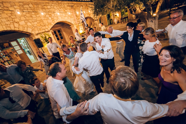 rustic-wedding-reception-crete