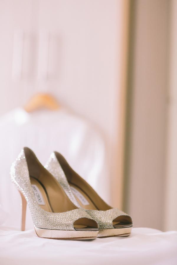 designer-wedding-shoes-bride- jimmy-choo