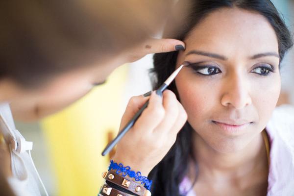 discrete-bridal-makeup-wedding