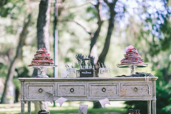 lavender-centerpiece-for-wedding