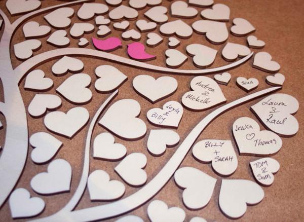 alternative-wedding-guest-book-ideas