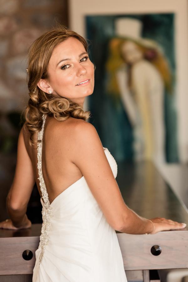 backless-wedding-dresses-open-back