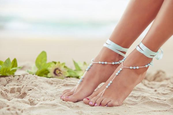 barefoot-sandals-wedding-2