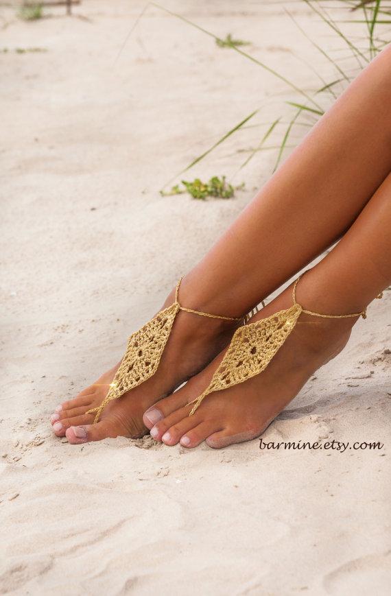 barefoot-sandals-wedding