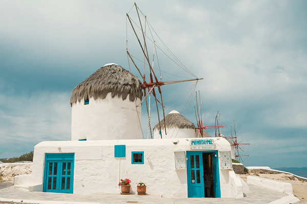 beach-wedding-destinations-mykonos