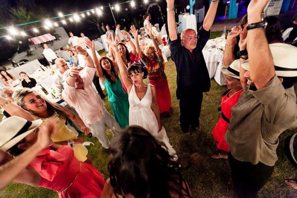 beach-wedding-wear