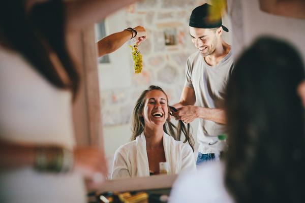 bride-preparation-greece-weddings