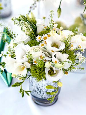 cascading-bridal-bouquets