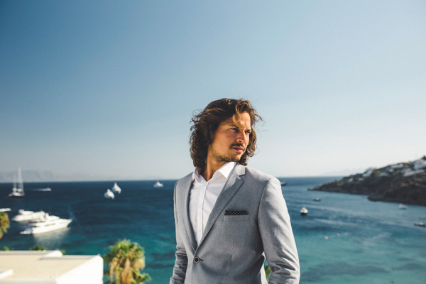 summer-groom-suits-boho-wedding