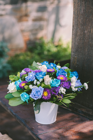 blue-white-purple-wedding-decor