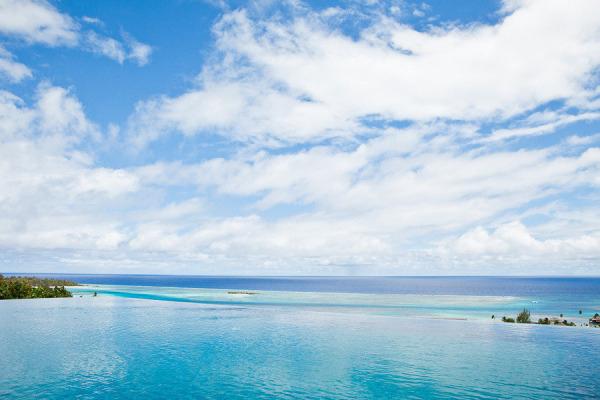 honeymoon-destinations-island-Moorea