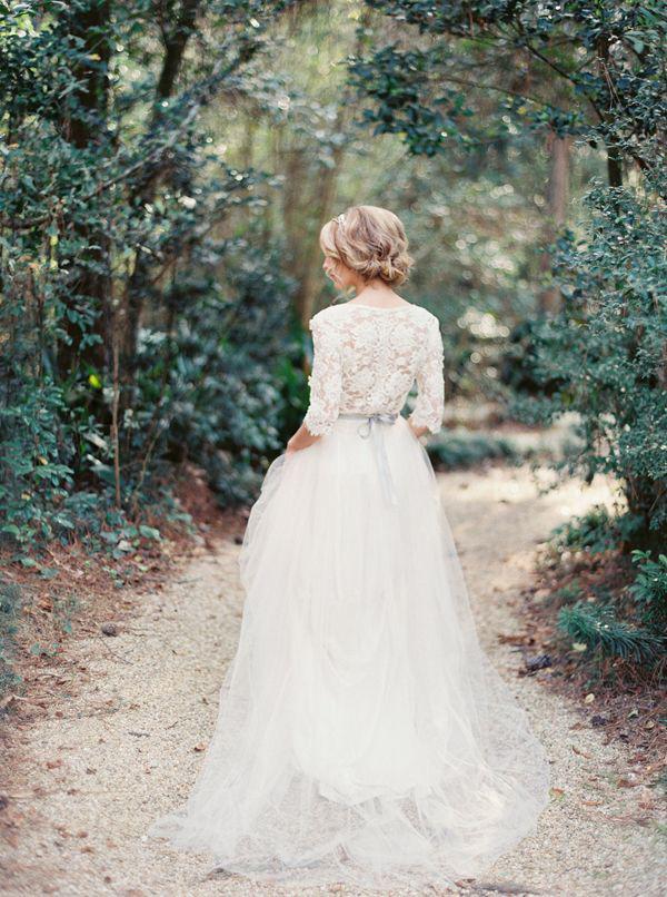 lace-long-sleeved-wedding-dress