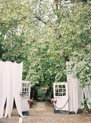 wedding-ceremony-aisle-of-trees