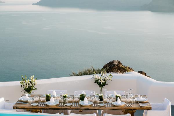 intimate-wedding-reception
