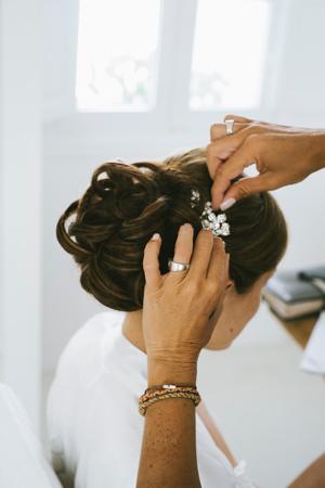 wedding-hairstyles-updo-bride