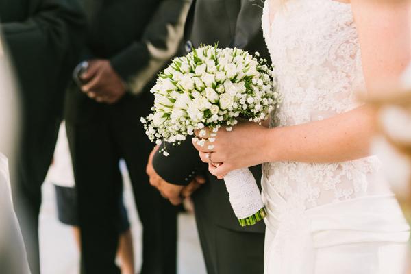bridal-bouquets-white