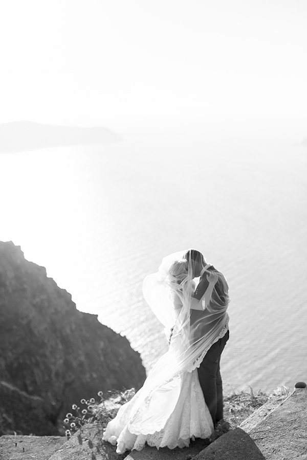 destination-wedding-santorini-photography