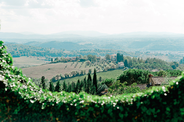wedding-countryside-hills-tuscany