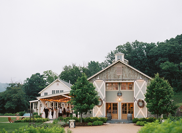 Charlottesville-wedding-vineyard