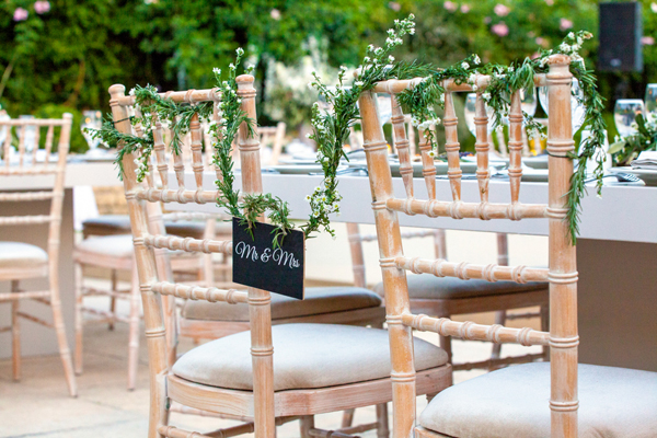 wedding-signs-Mr-Mrs
