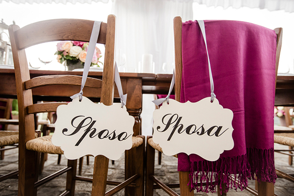 destination-wedding-tuscany-signs