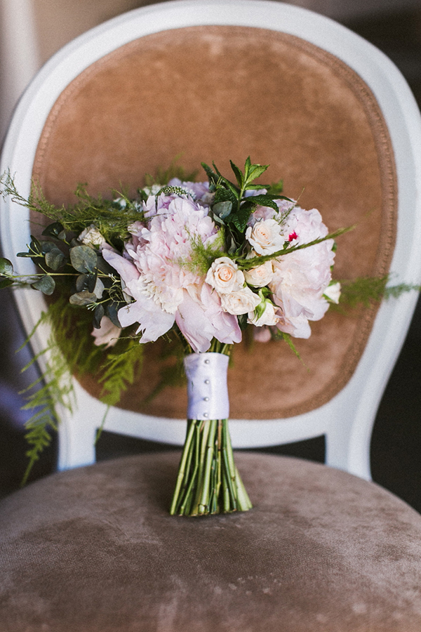 romantic-wedding-bouquet