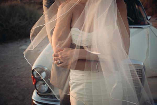 santorini-summer-wedding-bridal-couple-photo-shoot