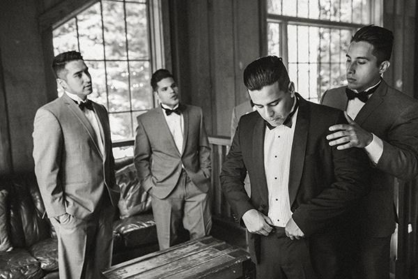 grooms-preparation-woodlands (3)