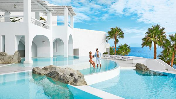 honeymoon-destination-mykonos-island-greece