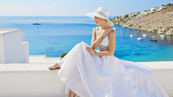 luxury-honeymoon-hotel-mykonos-island