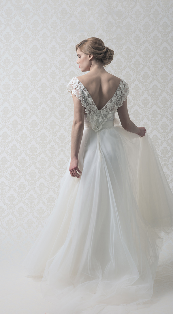 teti-charitou-wedding-gown-with-lace
