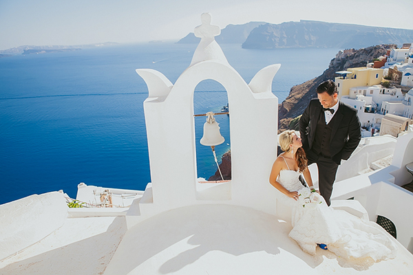 next-day-photo-shoot-santorini-1