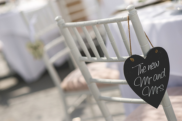 table-decoration-bridal-signs