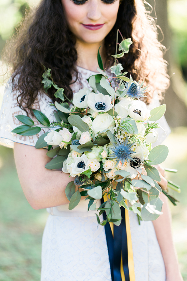 wedding-bouquet-with-anemones (2)