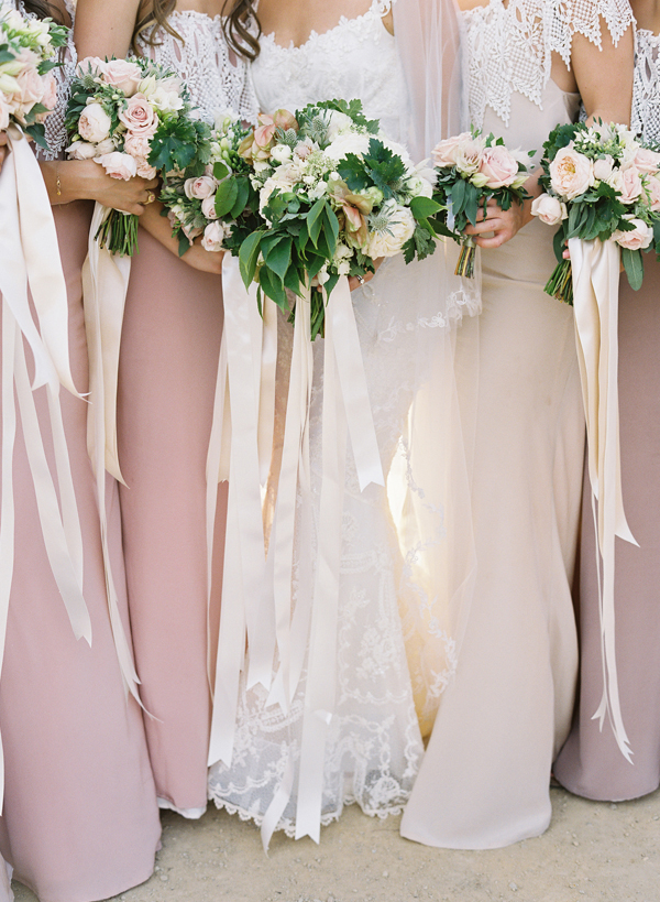 color-palette-bridal-bouquets-color