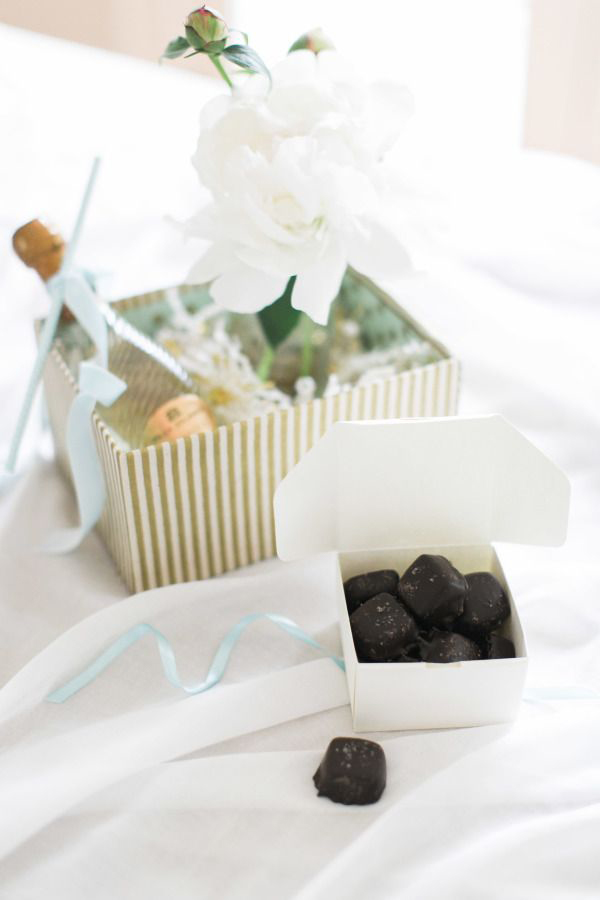 wedding-guest-pack