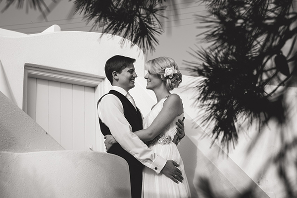destination-wedding-in-santorini (1)